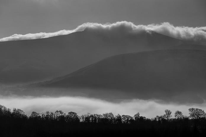 Mountain-PenYFan-Mist-BlackandWhite.jpg