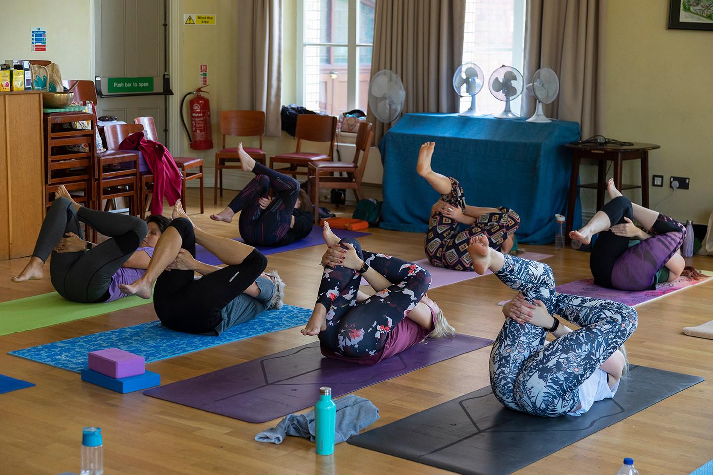 yoga-w6554.jpg