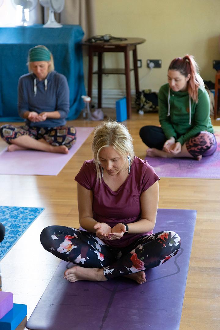 yoga-w6573.jpg