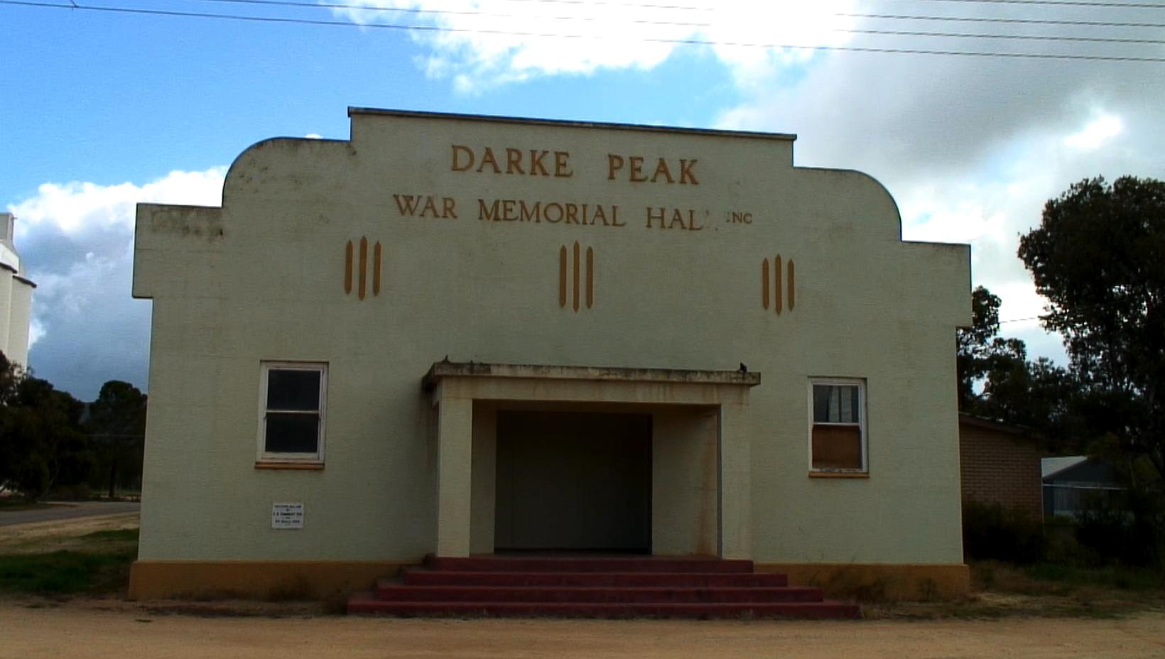 Darke Peak Hall