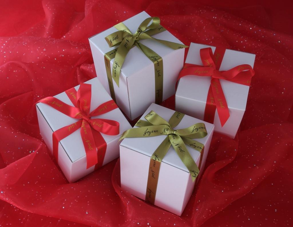 Holiday Box.jpg