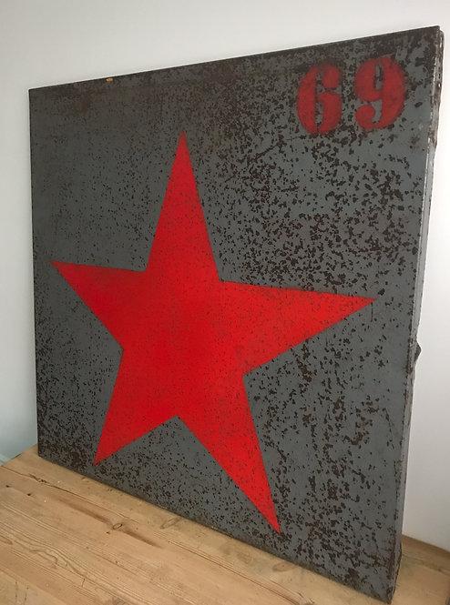 Large Retro Metal Star Print
