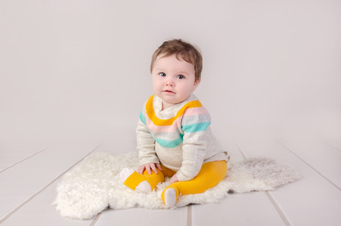 Little Sitter photography in Brackley Darcy