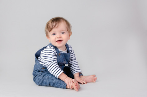 Little Sitter photography in Bicester Alex