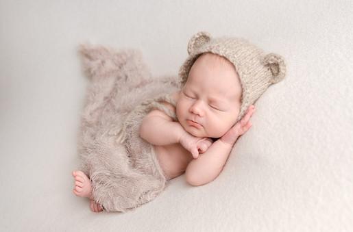 Newborn Photography Baby Euan Aylesbury baby photo shoot
