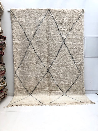 Tapis berbère marocain Marmoucha à losanges noirs 3,14x2,10m
