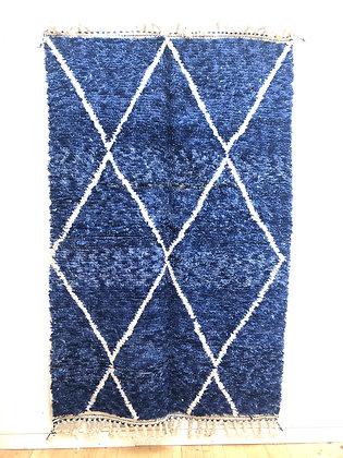 Tapis berbère Beni Ouarain chiné bleu à losanges blancs 2,47x1,57m