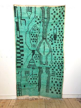 Tapis berbère Azilal vert à motifs libres noirs 2,61x1,41m