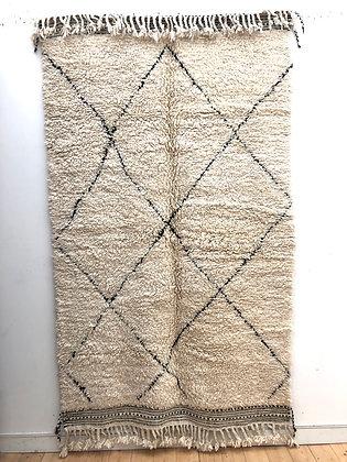Tapis berbère Beni Ouarain à losanges noirs 2,47x1,50m
