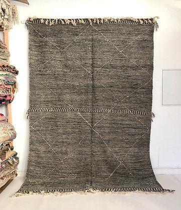 Kilim berbère Zanafi noir et blanc 3,11x2,07m