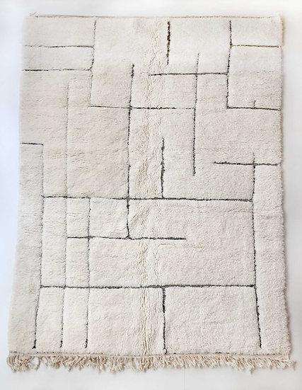 Tapis berbère Beni Ouarain écru à lignes noires gravées 2,94x1,99m