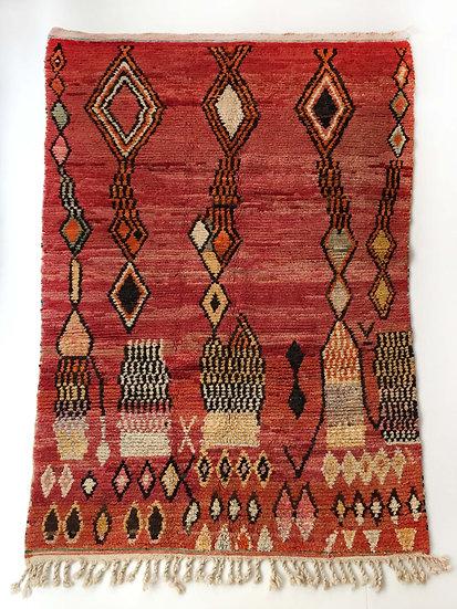 Tapis berbère Boujaad rouge à motifs colorés 2,52x1,58m