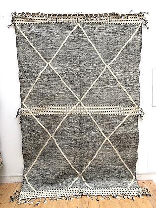 Kilim Zanafi noir et blanc à losanges blancs 2,92x1,85M