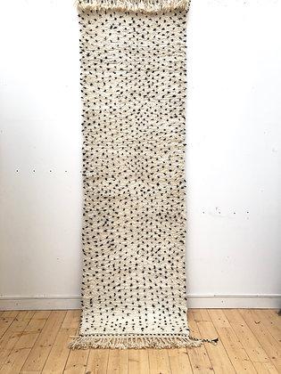 Beni Ouarain couloir à pois noirs 2,85x0,85m