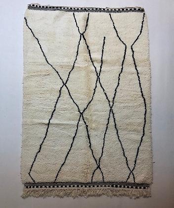Tapis berbère Beni Ouarain à motifs graphiques noirs 2,43x1,70m