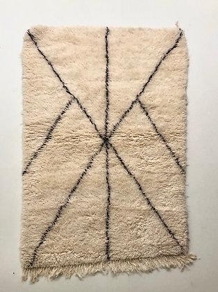 Tapis berbère Marmoucha à lignes noires 1,56x1,09m