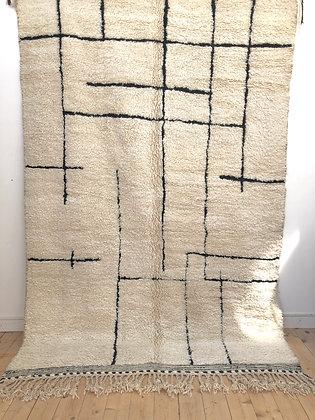 Tapis berbère Beni Ourain à motifs géométriques noirs 2,99x1,91m