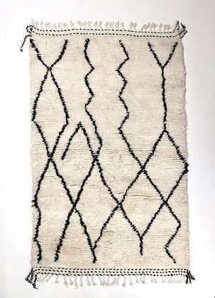 Tapis berbère Beni Ouarain à motifs graphiques noirs 2,1x1,35m