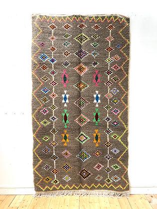 Tapis berbère Azilalmarron à losanges multicolores 2,56x1,41m