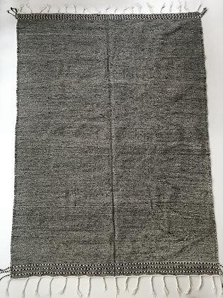 Kilim berbère Zanafi noir chiné 3,09x1,96m