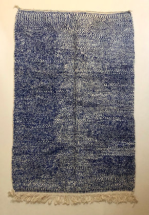 Tapis berbère marocain Beni ouarain mouchete bleu majorelle 2,49x1,62m