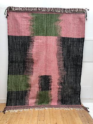 Kilim berbère rose, noir et vert 2,83x2,05m