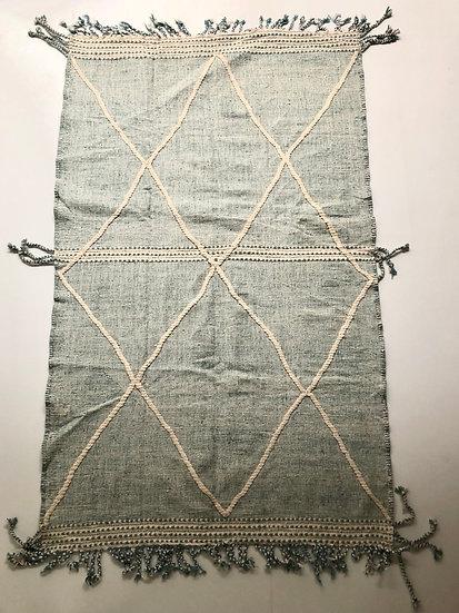 Kilim berbère Zanafi vert d'eau et écru 2,7x1,57