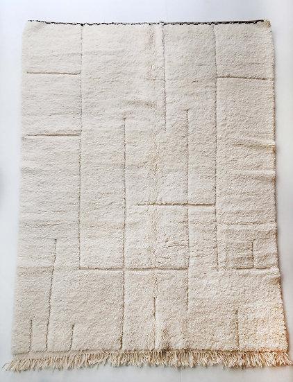 Tapis berbère Beni Ouarain écru uni à lignes graphiques gravées 2,77x2,15m