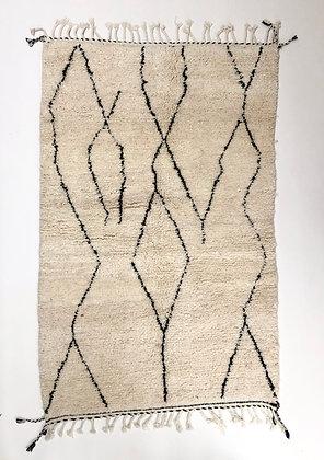 Tapis berbère Beni Ouarain à motifs graphiques noirs 2,02x1,30m