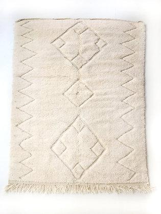 Tapis berbère Beni Ouarain écru uni à motifs géométriques gravés 2,20x1,50m