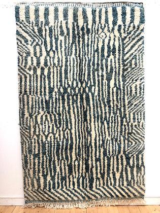 Tapis berbère Beni Ouarain bleu canard à motifs écru 2,54x1,63m