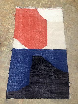 Kilim berbère coloré bleu noir orange et écru 2,4x1,38m