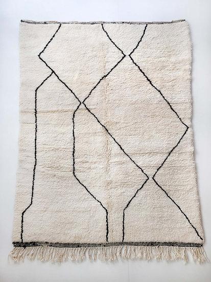 Tapis berbère Beni Ouarain écru à lignes graphiques noires 2,47x1,75m