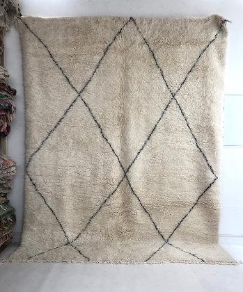 Tapis berbère Marmoucha à losanges noirs 3,11x2,38m