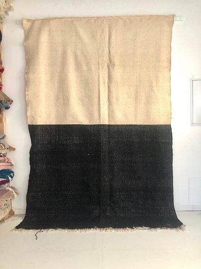 Kilim berbère noir et écru 2,95x1,94m