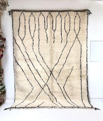 Tapis berbère Beni Ouarain à motifs graphiques noirs 2,95x2,16m