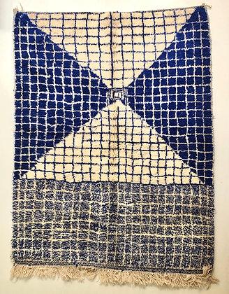 Tapis berbère Beni Ouarain à carreaux bleu majorelle 2,38x1,79m
