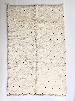 Tapis berbère Beni Ouarain à pois noirs 2,47x1,60m