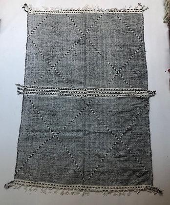 Kilim berbère Zanafi noir et blanc 2,85x1,86m