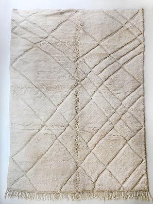 Tapis berbère M'rirt écru à lignes graphiques gravées 3,30x2,15m