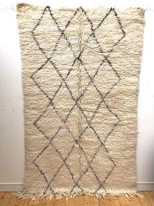 Tapis berbère Marmoucha à losanges noirs 2,63x1,62m