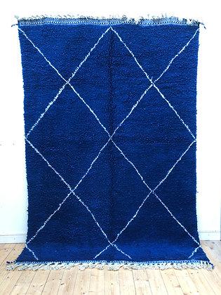 Beni Ouarain Bleu intense à losanges blancs 2,96x2,03m