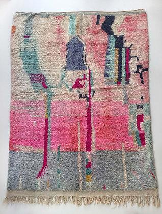 Tapis berbère Boujaad rose à motifs colorés 2,95x2,06m