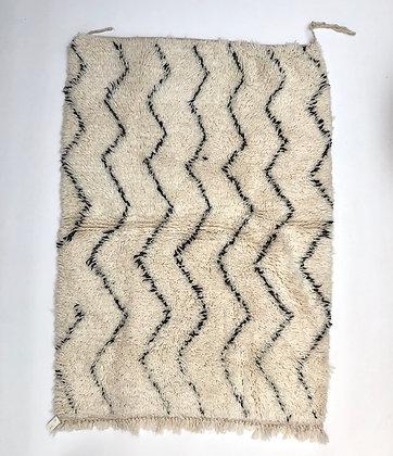 Tapis berbère Marmoucha à zigzags noirs 1,48x1,10m