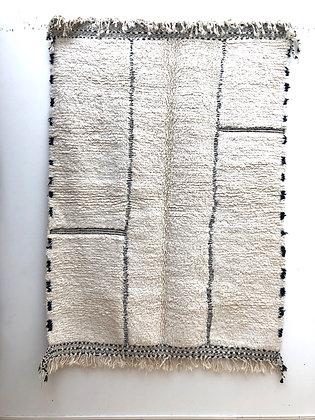 Tapis berbère Beni Ouarain à motifs géométriques gravés dans la trame 2,09x1,53m