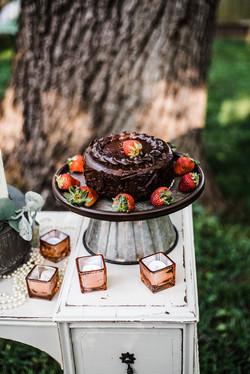 Groom's Cake Stand