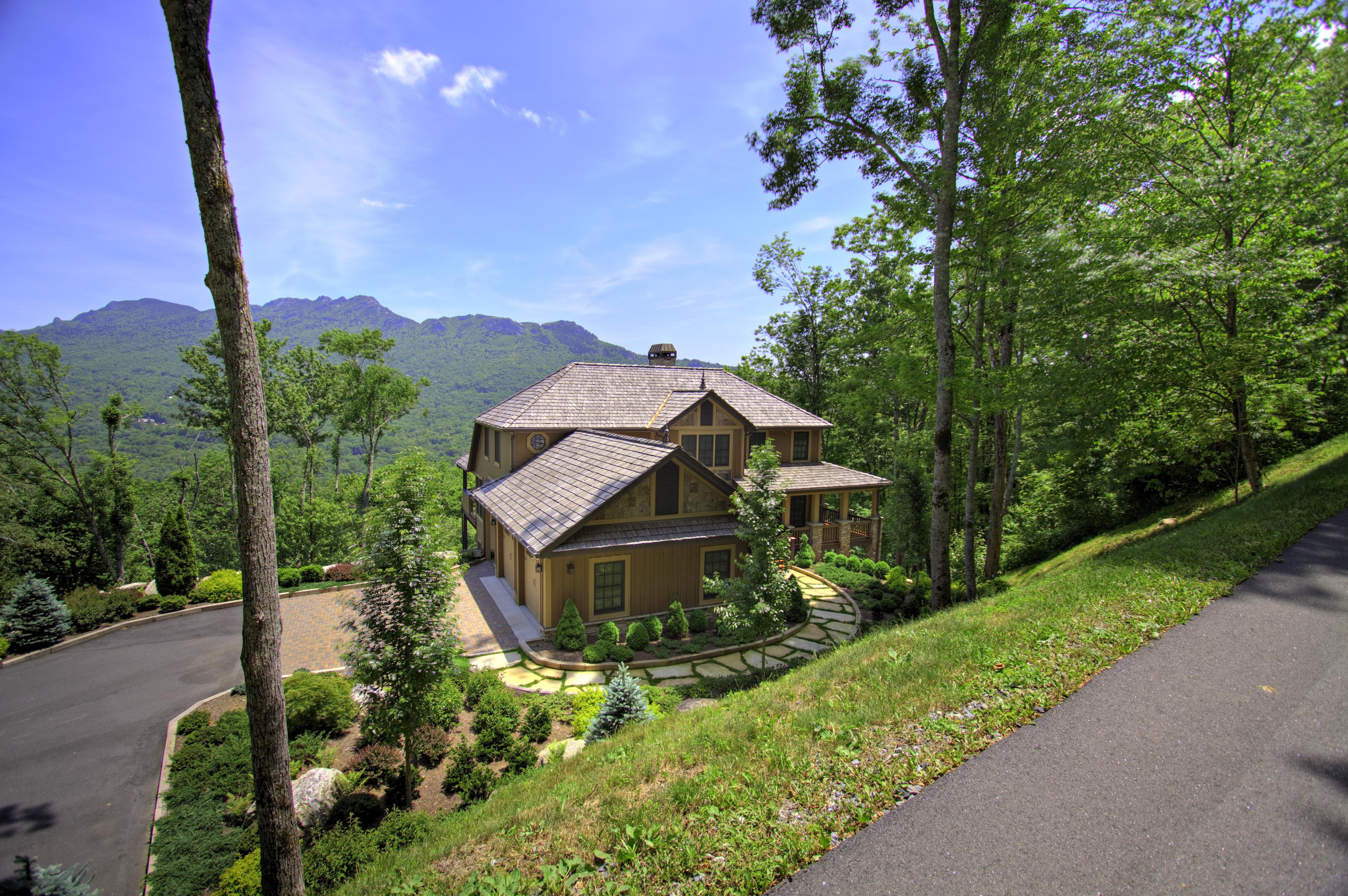 Linville Ridge New Home01