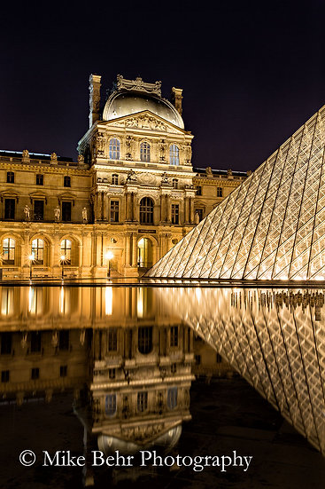 Sunday Night at the Louvre