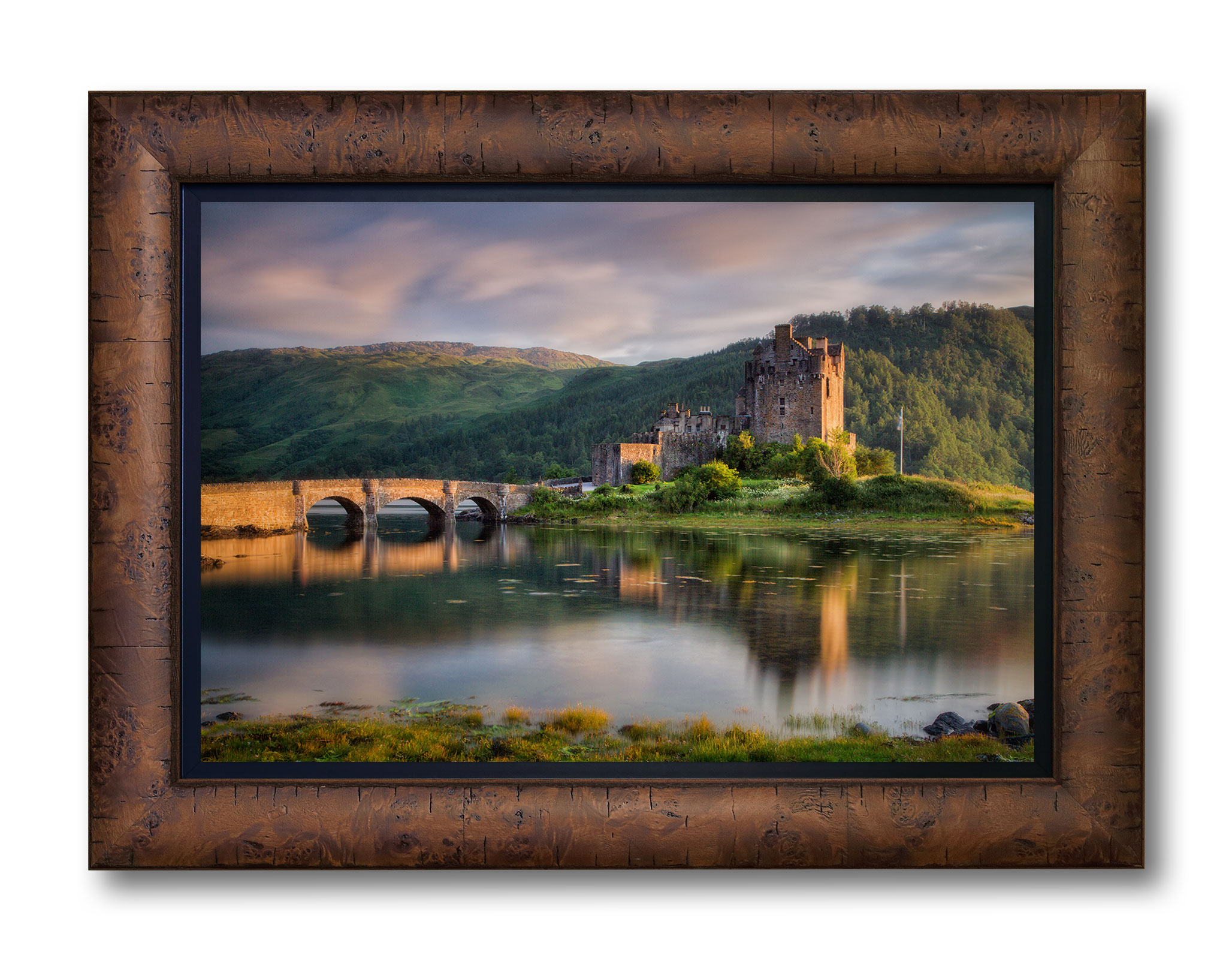 Eilean-Donan-Sunset_Light-Frame-WEB
