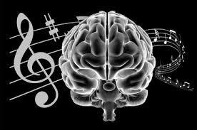 La musique stimule l'activité cérébrale, elle peut réveiller des réseaux sensoriels moteurs ou c